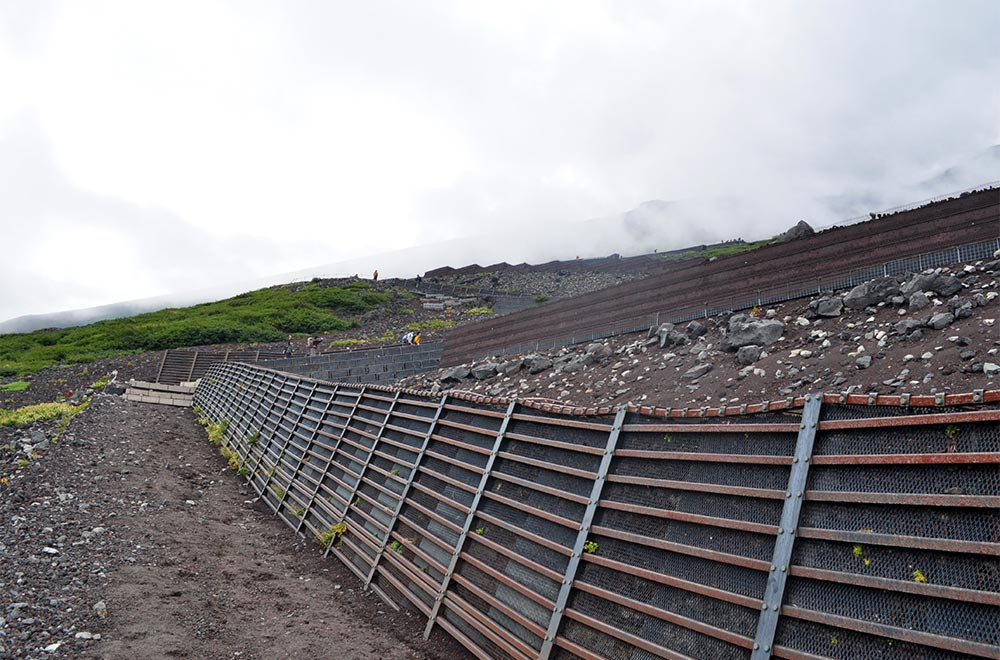 Mt.fuji Barriers Rockslide